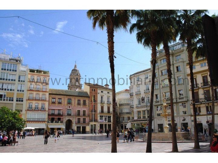 Local en Plaza de la Constitución, centro histórico de Málaga