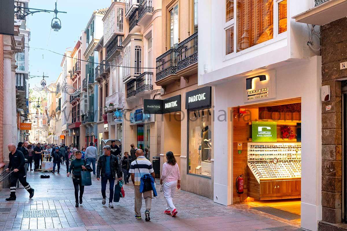 Locales en Calle Nueva, centro histórico de Málaga