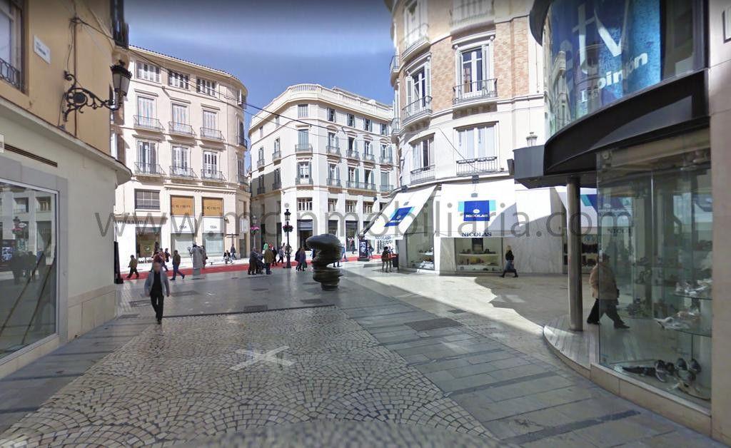 Local en Calle Strachan, en centro histórico de Málaga